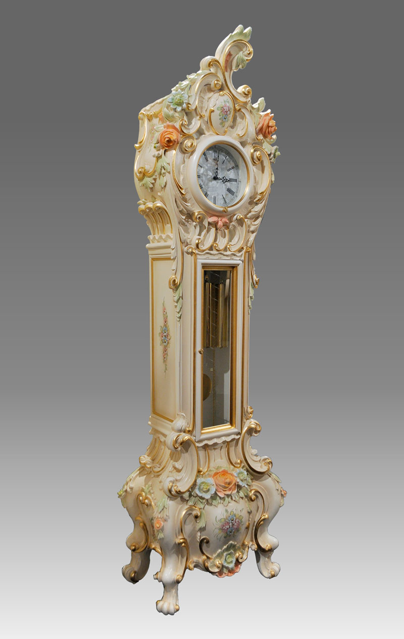Grandfather clock Art.569/2 laquered with gold