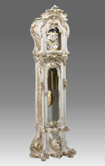 Grandfather Clock 507 lacquered and decorated